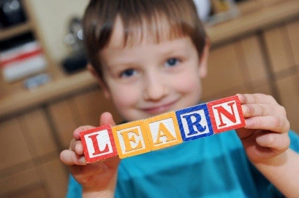 cómo aprenden los niños inglés en Infantil